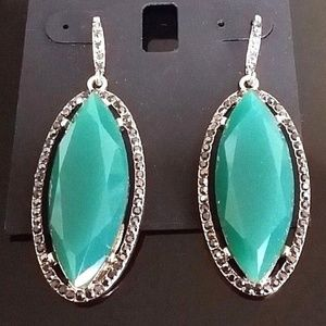 I.N.C. International Women Leaf Drop Green Earring